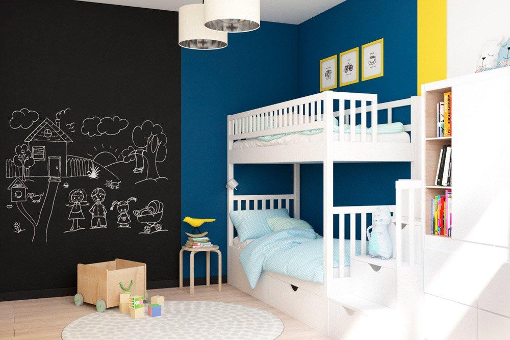 Доска для рисования мелками в детской комнате