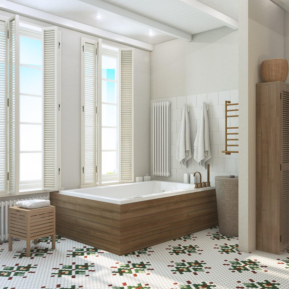 Большая ванна в частном доме