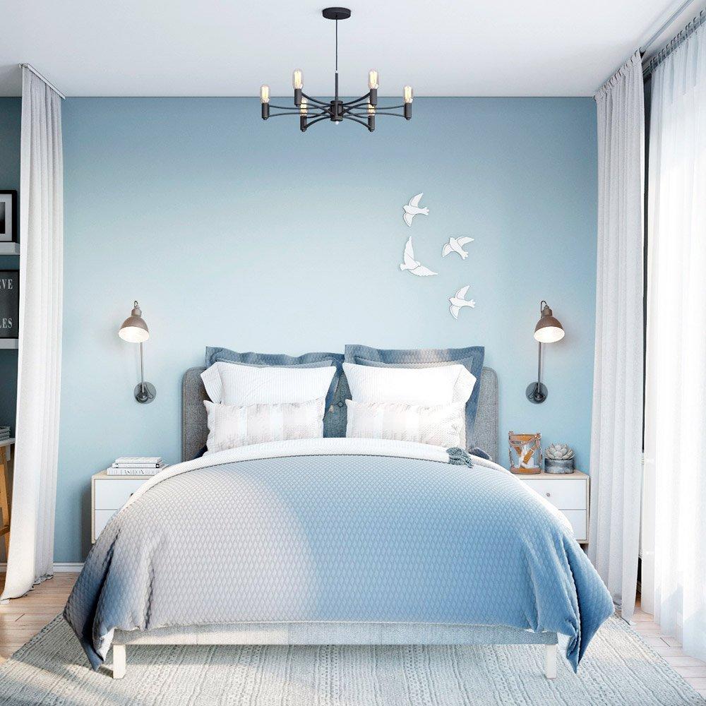 Очень мягкая кровать в спальне