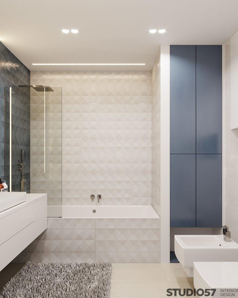 Белая и голубая плитка в ванной
